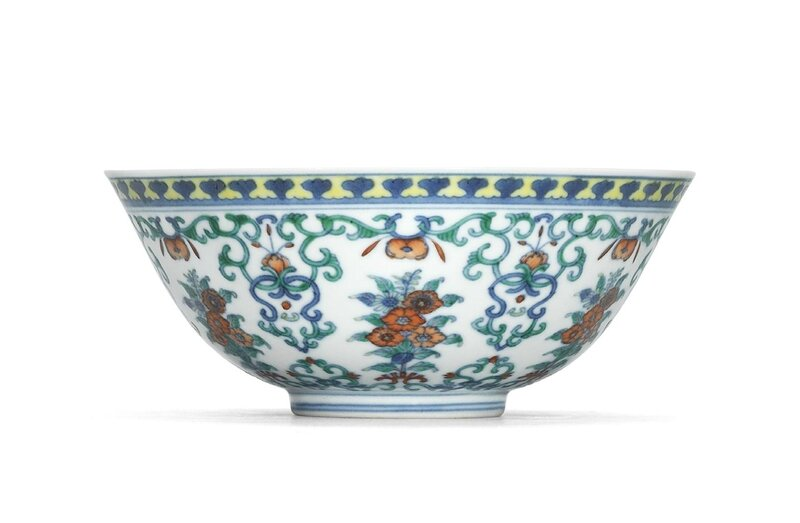A finedoucaifloral bowl, Daoguang six-character seal mark in underglaze blue and of the period (1821-1850)