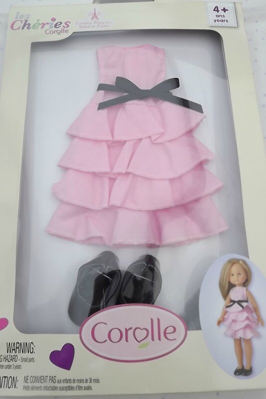 robe rose et chaussures corolle 25€