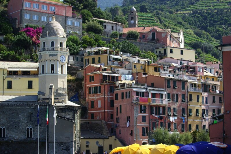 56-follow-me-white-rabbit-cinque-terre-italie-VERNAZZA (6)