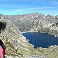 Jénorme pose devant le Lac d'Artouste, à hauteur du passage d'Orteig (64)