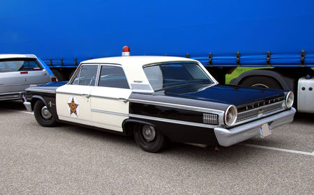 Ford_galaxie_500_4door_sedan_police_cruiser_de_1963__Rencard_du_Burger_King__02