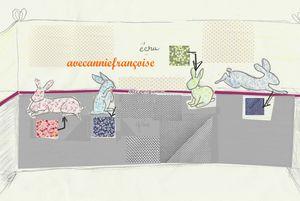 tour de lit lapins avec échantillons