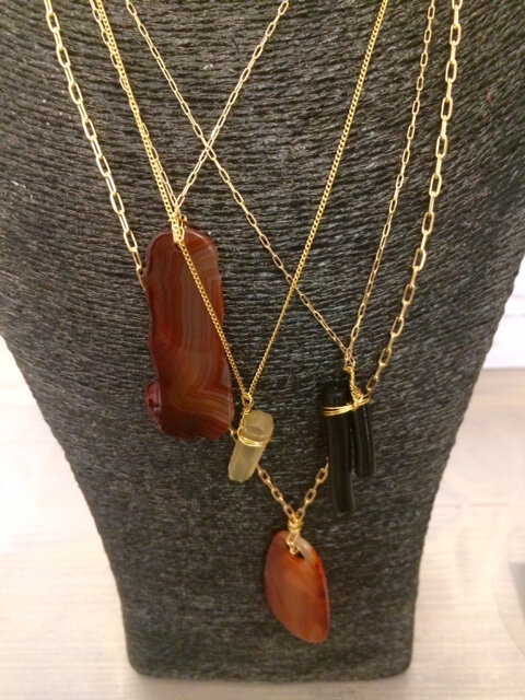 colliers plaqué or cornaline quartz jaspe bijoux homemade boutique Avant Après Montpellier