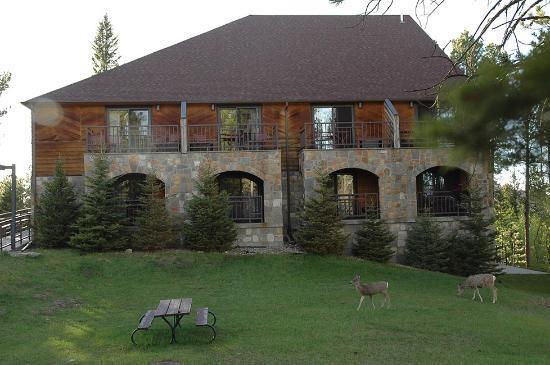 sylvan-lake-lodge-in