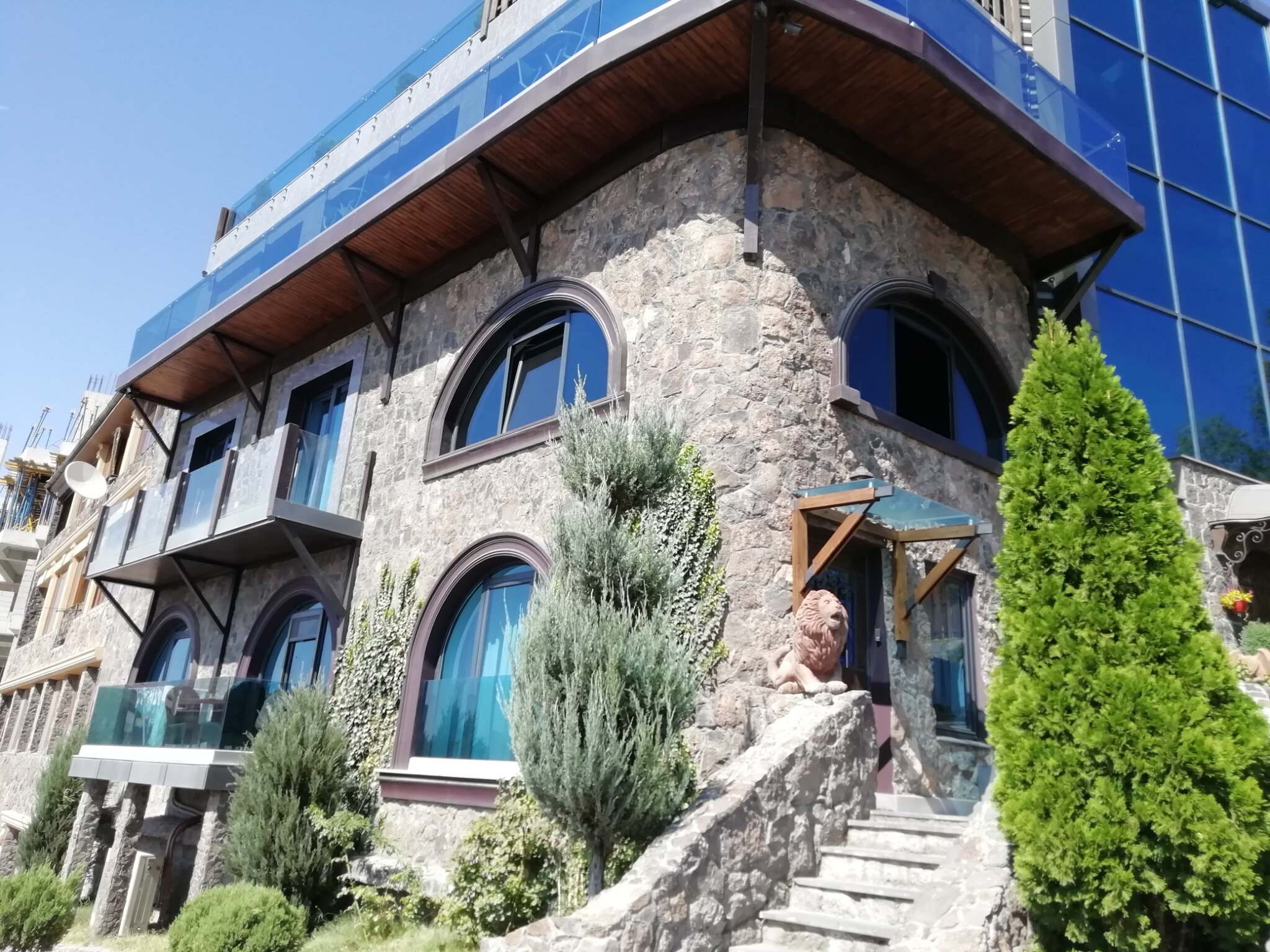 Vu d'ici vu d'ailleurs - L'habitat à Erevan