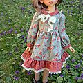 Robe a manches longues pour kaye wiggs - roses d'automne