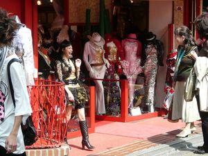 Tokyo03_Best_Of_10_Avril_2010_Samedi_080_Harajuku_Takeshita_Dori_Mode