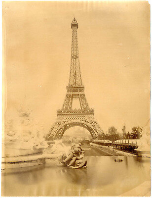 France-Paris-la-tour-Eiffel-vintage-albumen