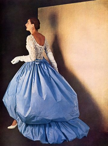 Cristóbal Balenciaga 1954 Evening Gown Photo Pottier