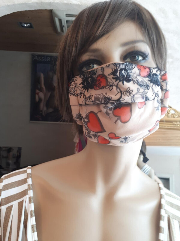 Masque modèle dame-de-coeur