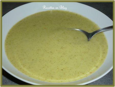 velouté de courgettes à la crème de soja1