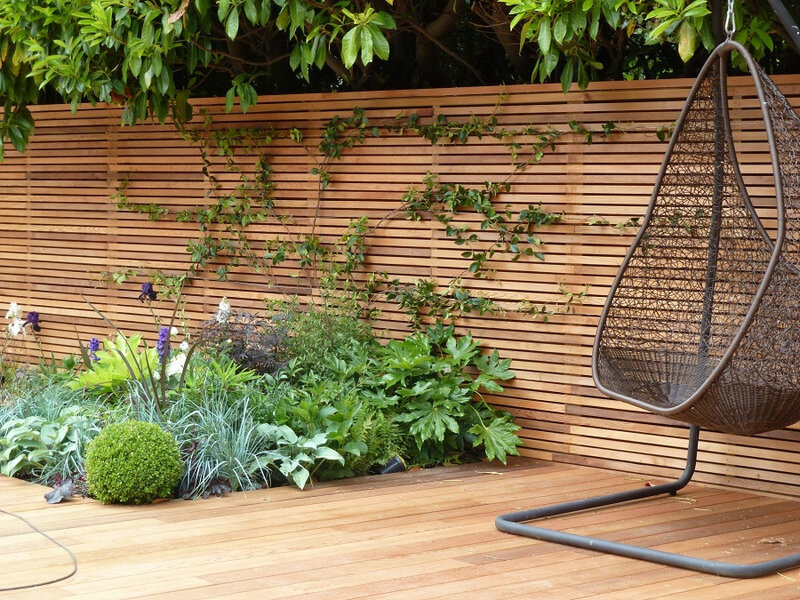 Backyard-Fencing-Ideas-Horizontal