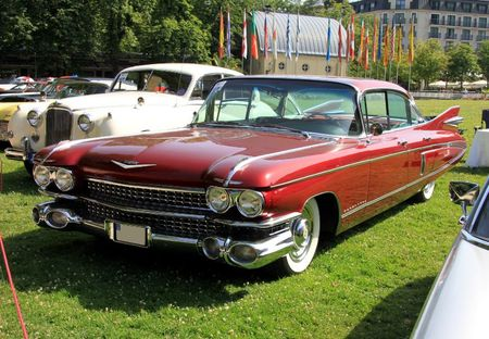 Cadillac fleetwood 60 special de 1959 (34ème Internationales Oldtimer meeting de Baden-Baden) 01