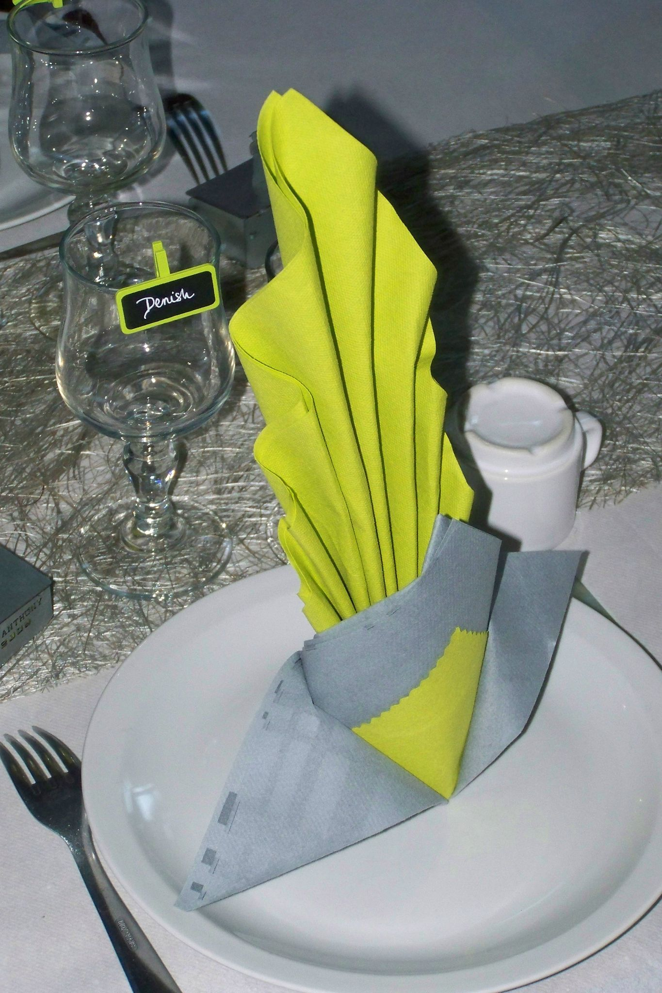 Pliage De Serviette Original magnifique mariage (couleur choisi : vert et gris) - les