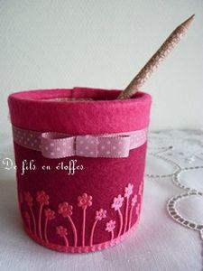Pot avec son crayon