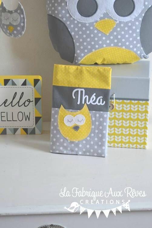 protège carnet santé tissu patchwork jaune gris blanc hibou