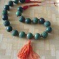 collier vert et orange