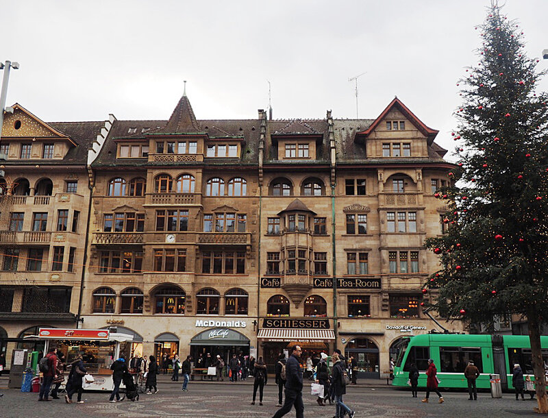 bale-basel-suisse-voyage-ma-rue-bric-a-brac