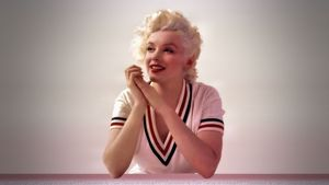 wp_Marilyn_monroe_Wallpaper_marilyn_monroe_33497319_2560_1440