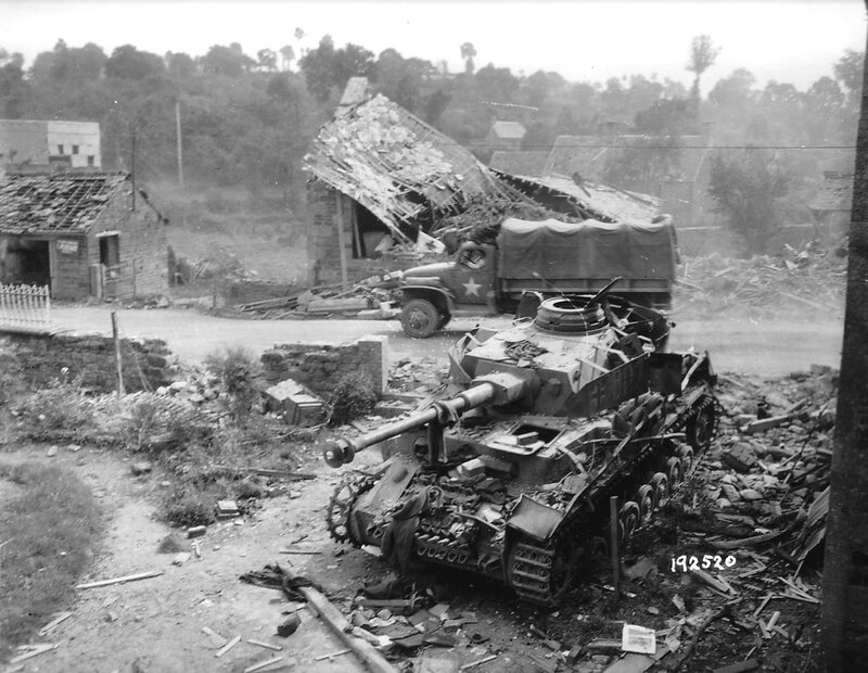 1280px-Panzer_IV_Wreck_Normandy