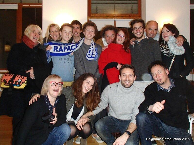 Une bande de jeunes et de moins jeunes chez Dan & Appo