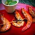 Brochettes de crevettes roses à l'huile d'olive et au thym