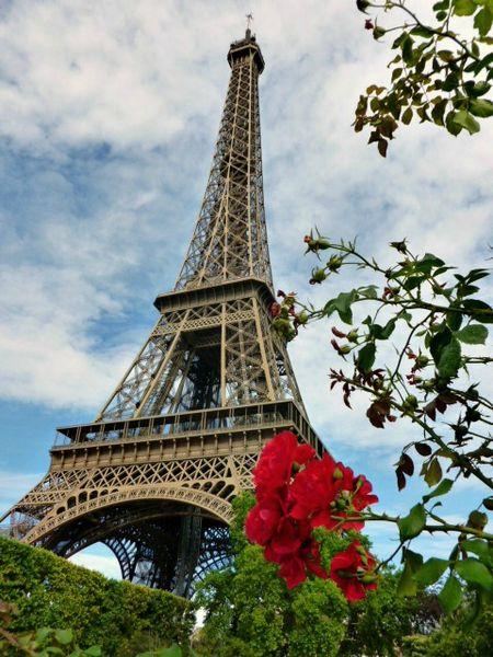 TOUR Eiffel Champs de mars