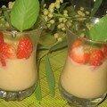 Verrines crème vanillée et fraises mara au basilic pour mamina