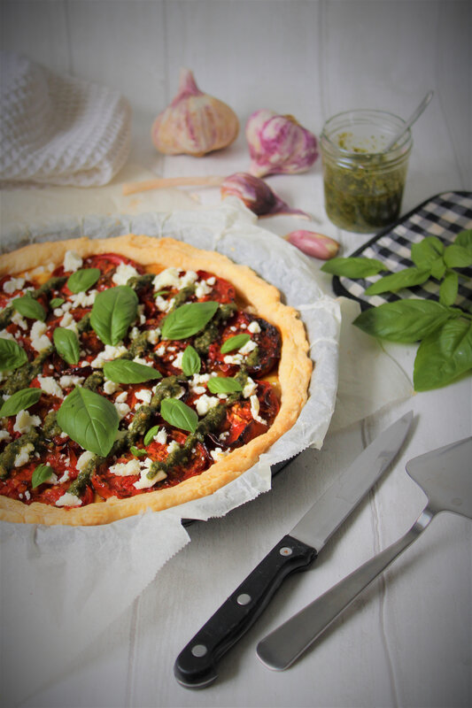 cathytutu pâte feuilletée escargot rapide facile tomate confite moutarde pistou maison féta brebis basilicIMG_6387 (2)