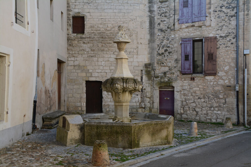 pernes les fontaines 14 02 19 (62)