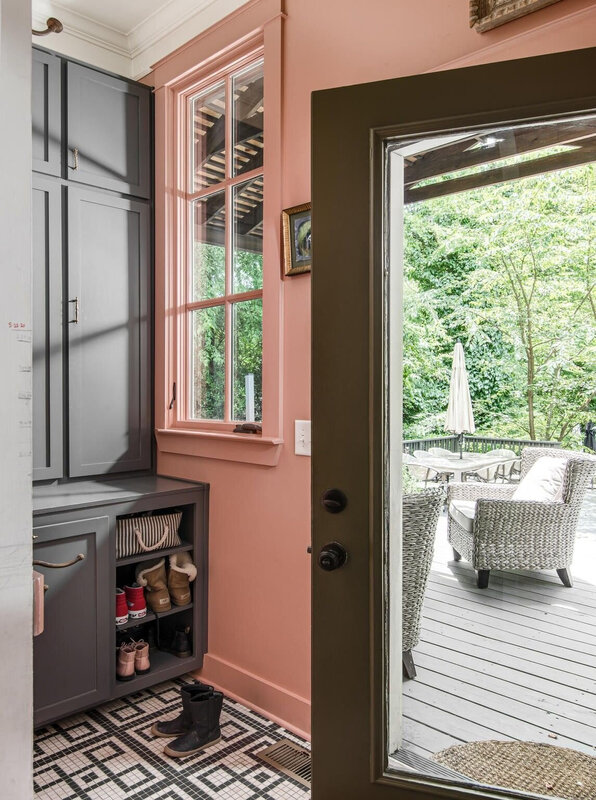 Louisa Pierce's Vintage Eclectic Nashville Home is For Sale TheNordroom (53)
