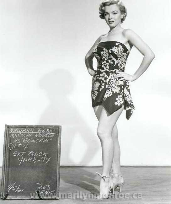 Marilyn costume6