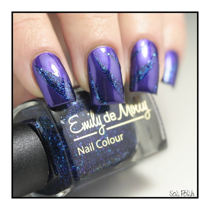 Maybelline Emily de Molly Striping Tape Sois Polish