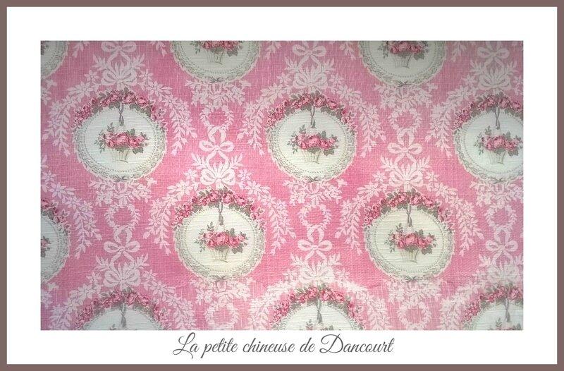 A retrouver dans la boutique http://www.lapetitechineusededancourt.com
