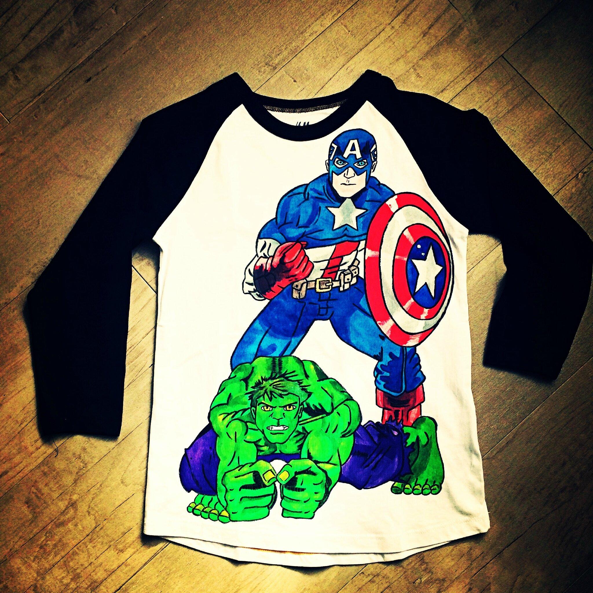 Le t-shirt Avengers de Thomas
