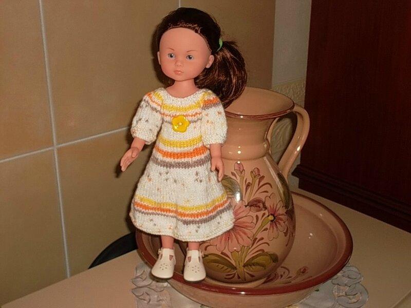 Marie & sa robe petites manches (Marie LN)