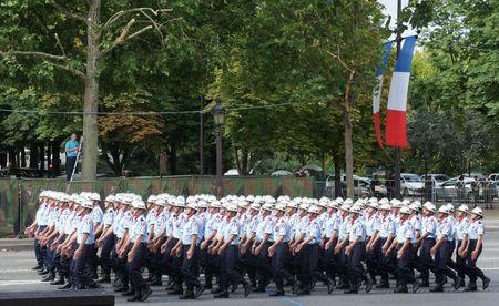 Pompiers de Paris défilé 14 juillet lutetiablog lutetia blog