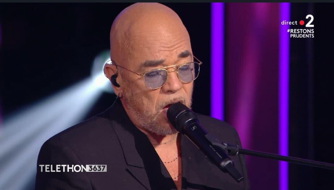 """""""Ma génération"""", Pascal Obispo chante un titre inédit au Téléthon !"""
