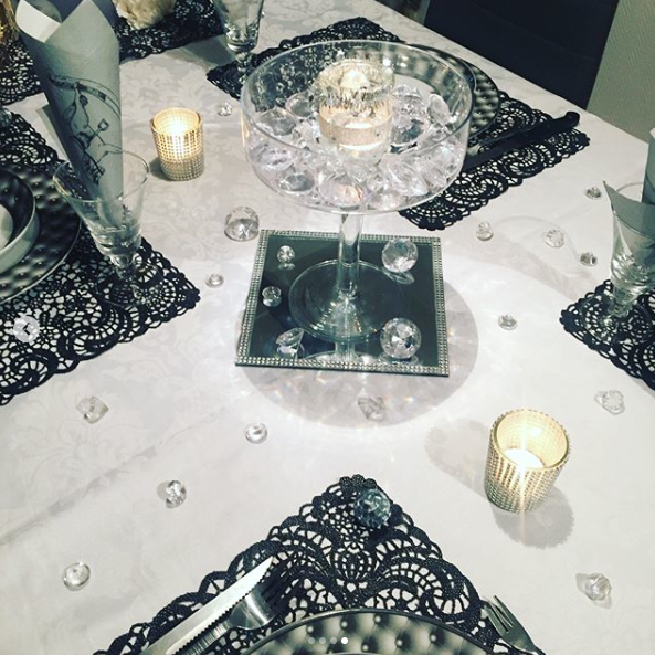 Table chic diamonds