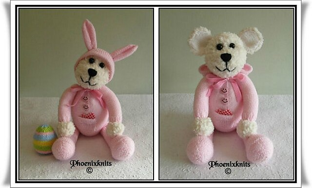 Traduction Teddy in a bunny onesie - Phoenixknits