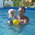 Petite nage avé popa (9mois)
