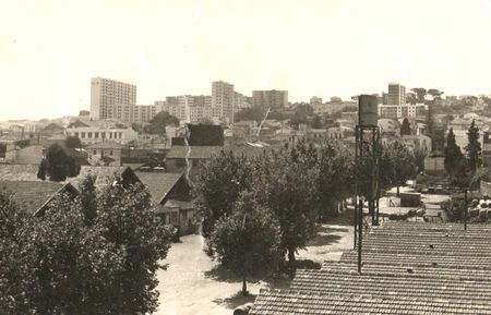 Hussein_Dey_en_1962
