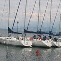 bateaux tranquilles au port du lac Léman