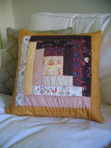 finished_patchwork_pillow_rust