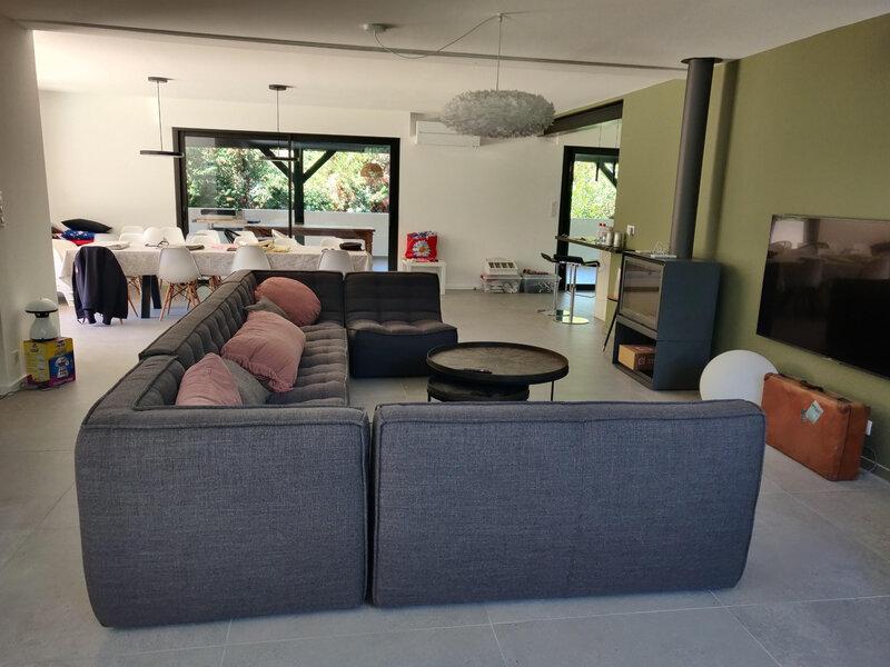 salon meublé nouveau