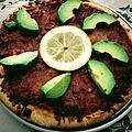 Pizza de jambon serrano et avocat au citron