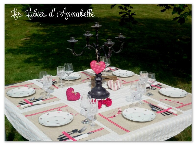 Lot 6 set de table + 3 coeurs