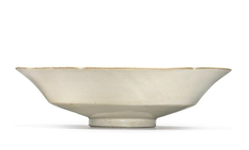 A 'Ding' 'mallow' footed bowl, Northern Song dynasty