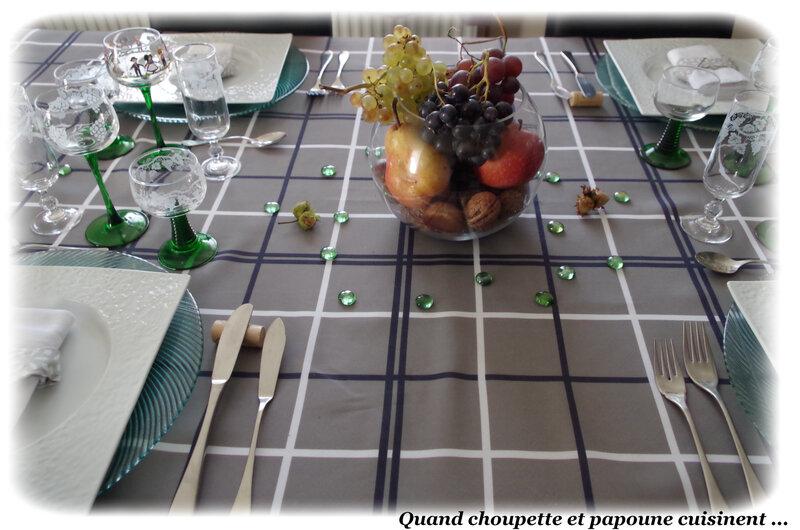 ma table autour du raisins-645
