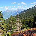 Accous et la vallée d'Aspe depuis Ichèus.